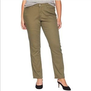 Levi's Classic Straight Olive Green Jeans